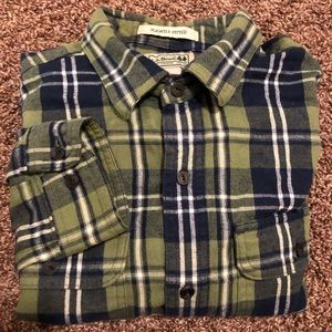 LL Bean Flannel Plaid Shirt Slightly Fitted Men M